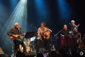 MUSIKKOPPLEVELSE: Noen av de beste musikerne i Nes stiller med Tribute to James Taylor på Pakkhuset 19. desember. Foto Erik Røseid.