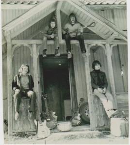 Friendship slik de så ut i 1973. De musikalske ferdighetene er nok tydelig forbedret, men musikken er mye av den samme.